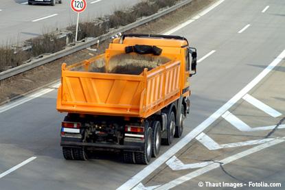 Transport makaronu transportem papierosów