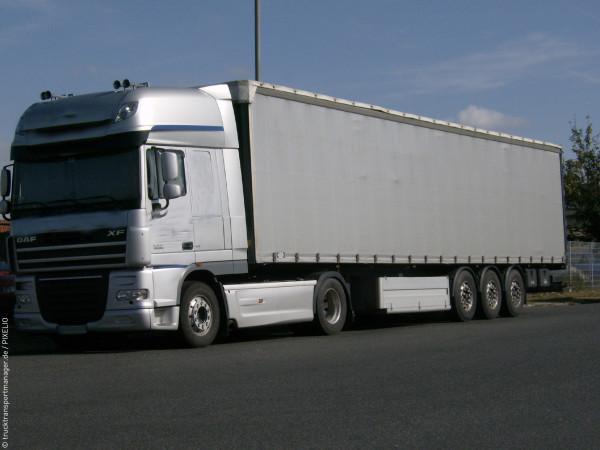 R_by_trucktransportmanager.de_pixelio.de