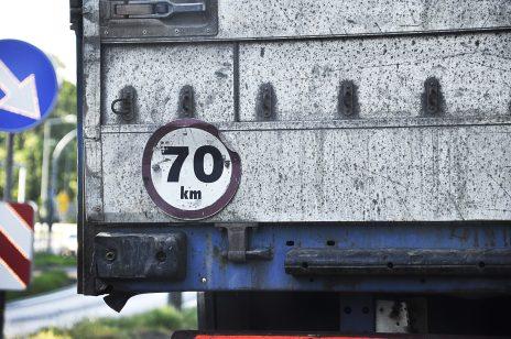 Kiedy należy sczytywać dane z tachografu?